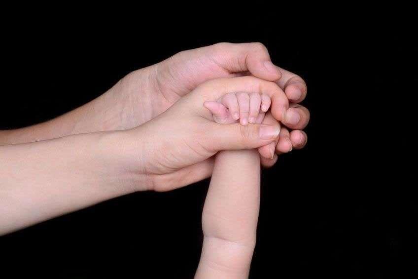Ayuda de 1200€ para familiares con hijos